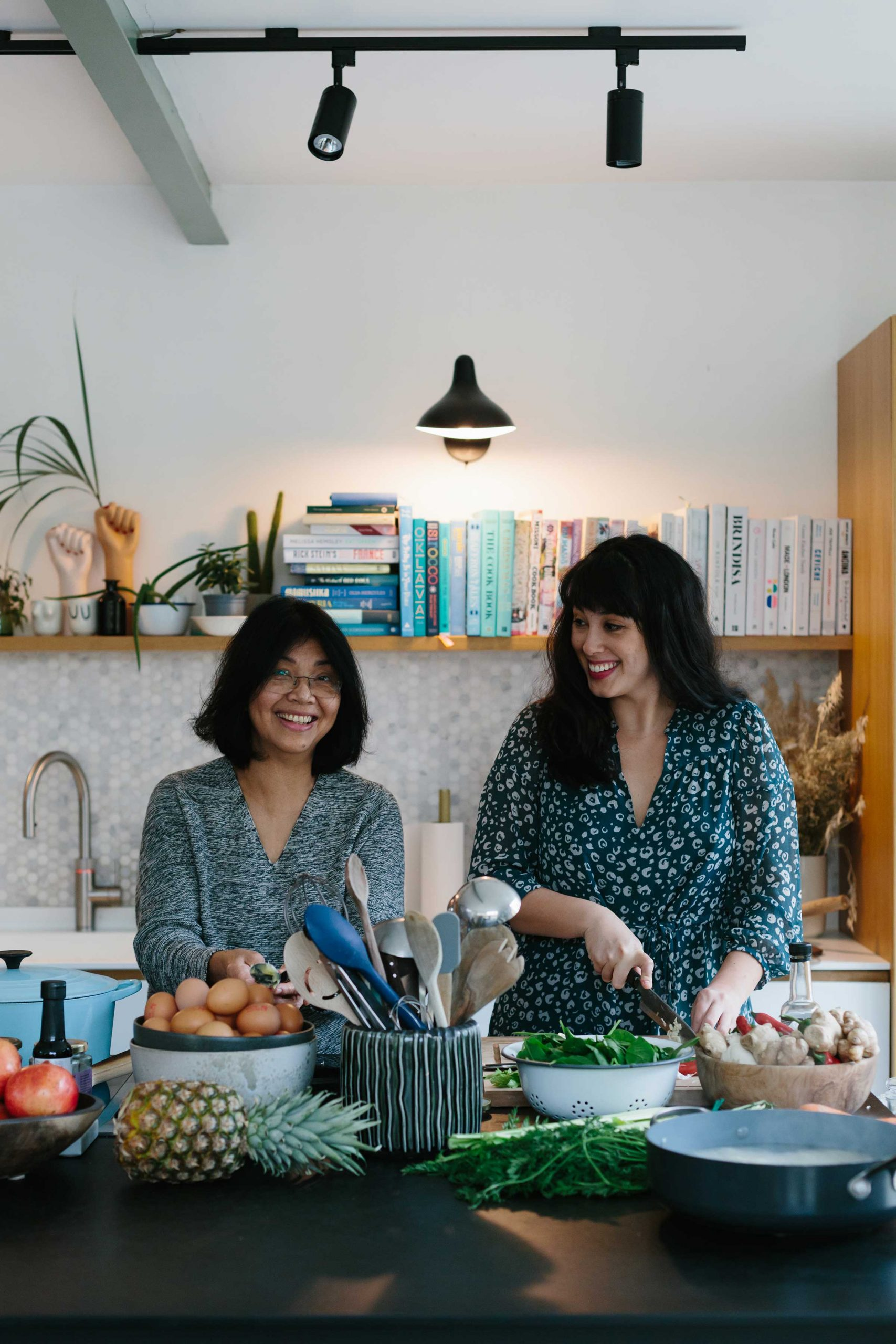 Melissa Hemsley mother daughter cooking women cooking chicken noodle soup recipe